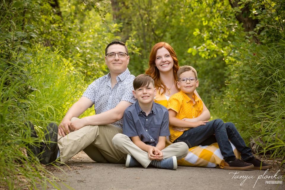 colourful summer family photos