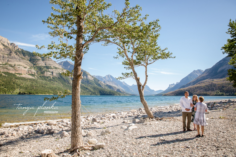 Waterton lakeshore elopement