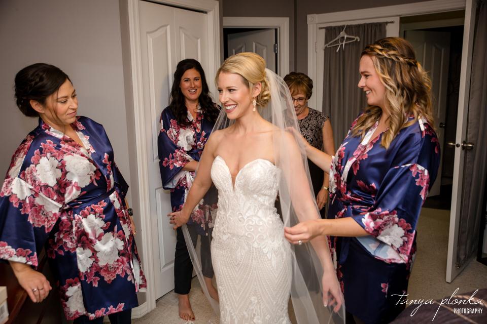 Francine & Clayton, Edmonton bride getting ready