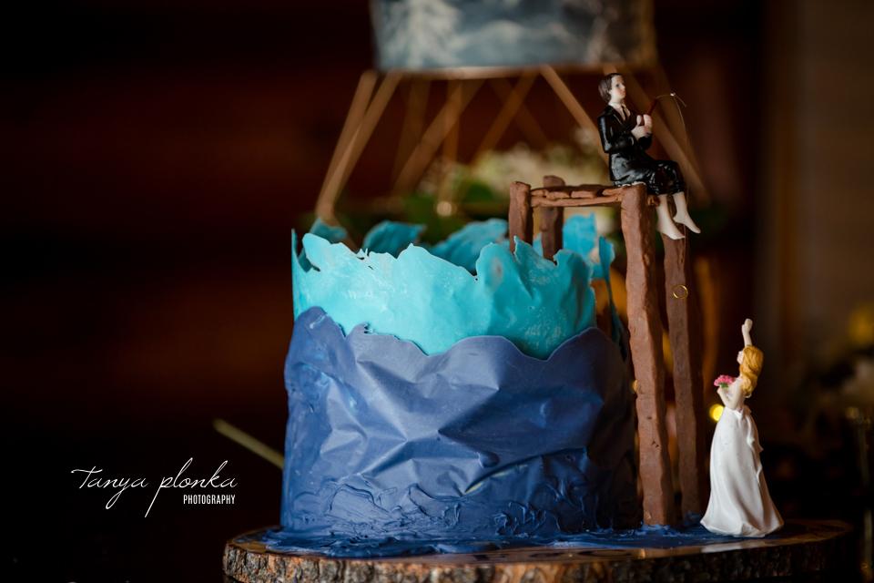 Francine & Clayton, Edmonton beautiful wedding cake design