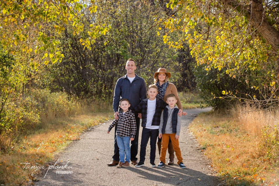 warm autumn afternoon family session in Lethbridge