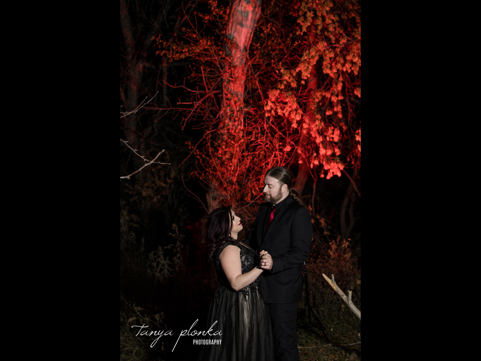 Jessica & Dustin, Halloween sunset wedding