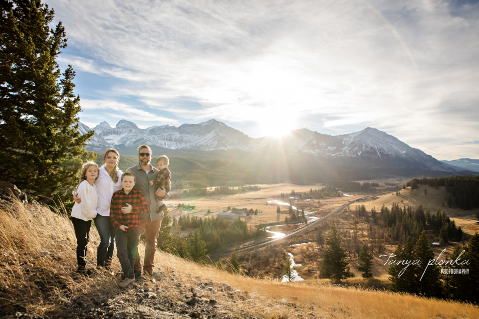 Crowsnest Pass scenic family photos