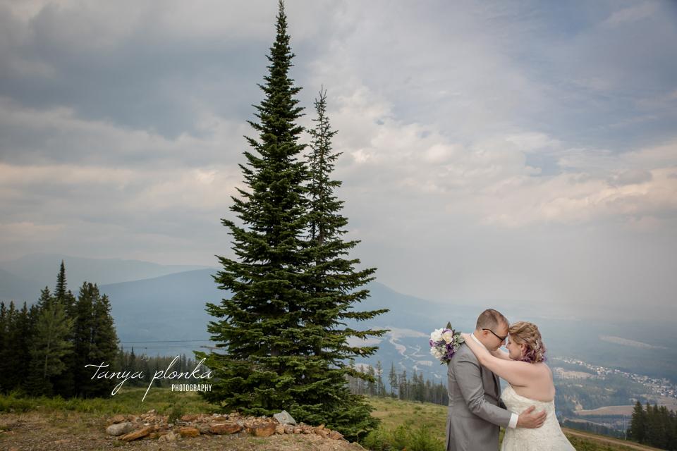 Stephanie & Nathan, Kimberley Alpine Resort wedding photography