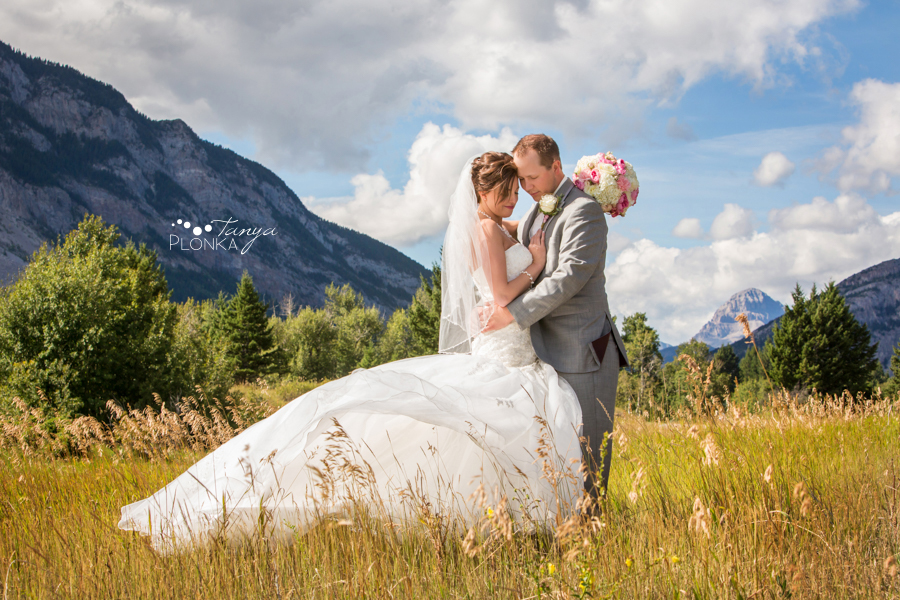 Elegant Crowsnest Pass Wedding