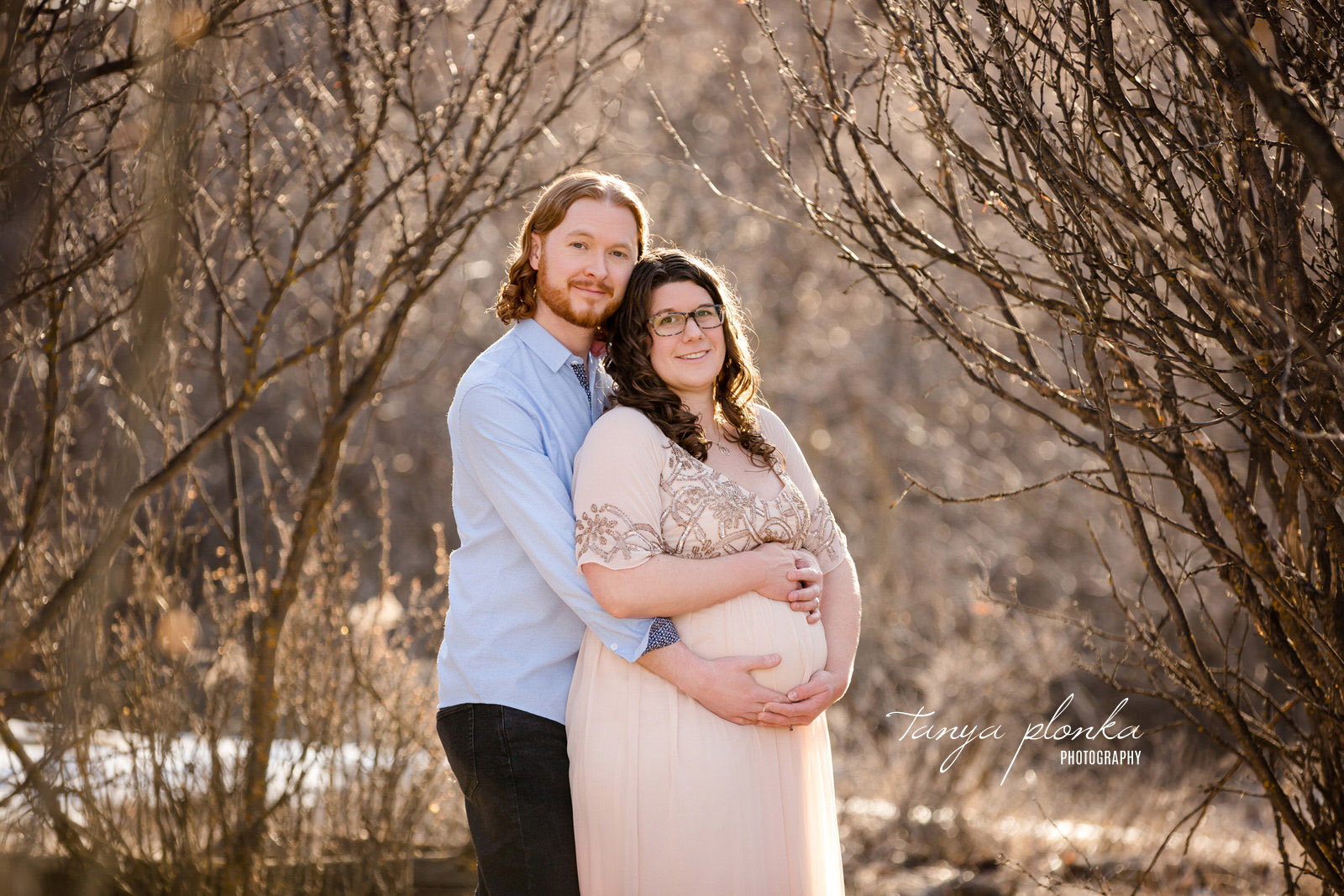 Late Winter River Bottom Maternity Photographer