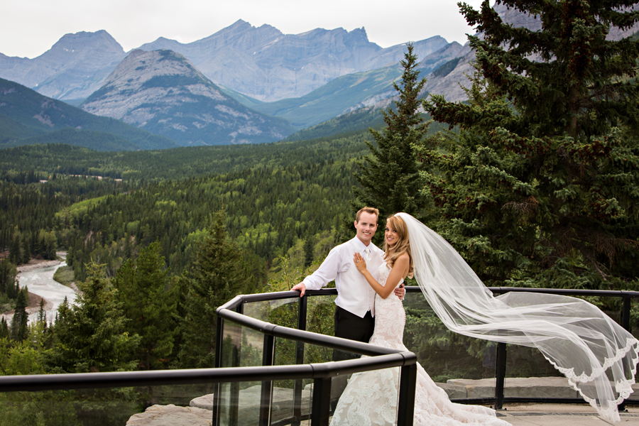 Jena & Daniel Delta Lodge Kananaskis mountain wedding