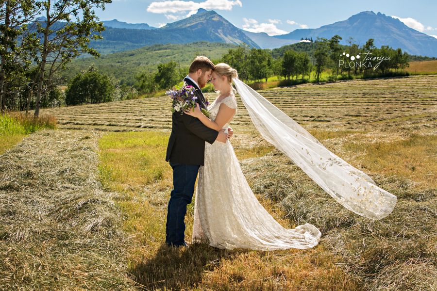 Jodie & Steven Pincher Creek farm wedding