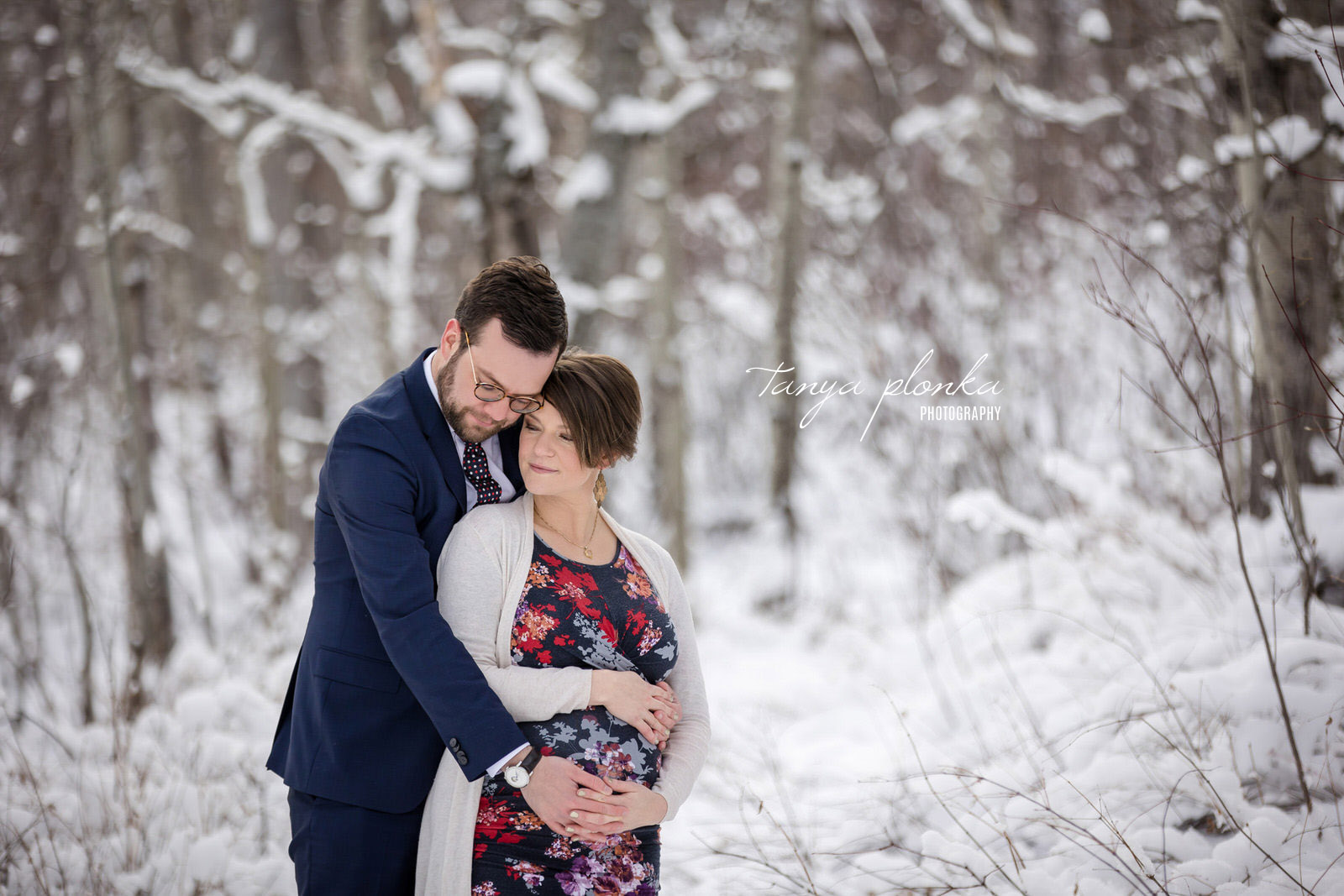 Waterton winter snow maternity photos